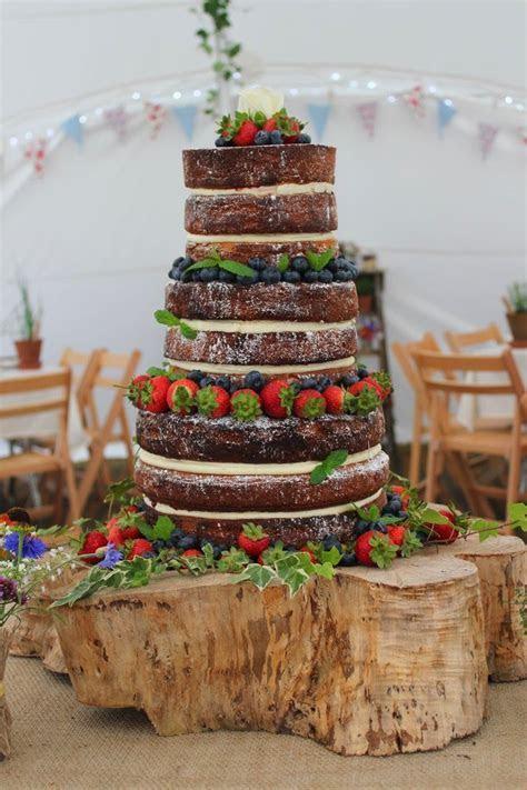 Trend Alert: Naked Cakes   StarDust Celebrations