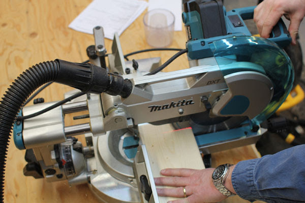 10 Inch Sliding Miter Saw Head To Head Tool Box Buzz Tool Box Buzz