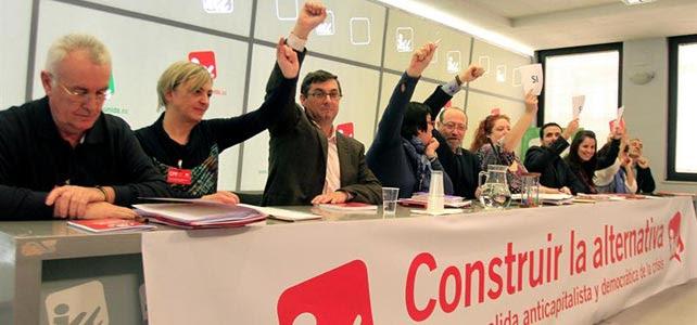 Votación de la nueva cúpula de Izquierda Unida, este sábado, en la sede federal de Madrid.