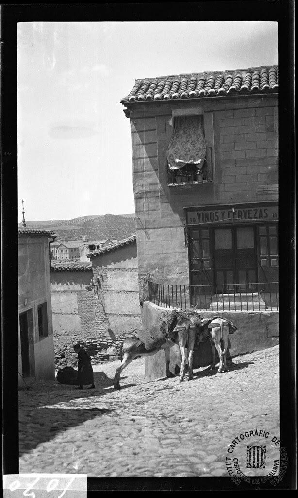 Plaza del Seco en 1933. Fotografía de Gonzalo de Reparaz Ruiz. © Institut Cartogràfic de Catalunya