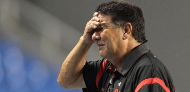 Joel Santana caiu após reunião da diretoria do Flamengo na manhã desta segunda-feira