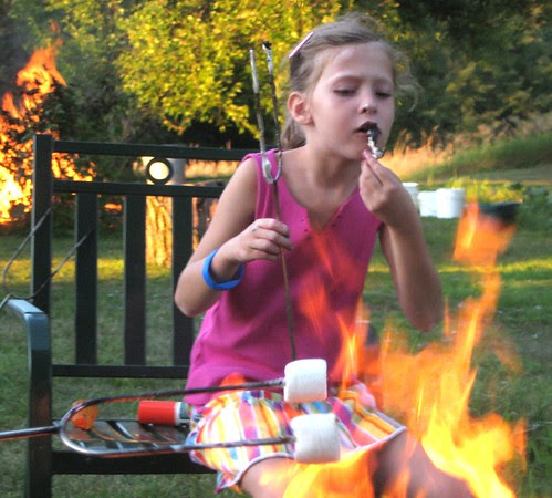 Fire behind her, fire in front of her! What's a girl to do?