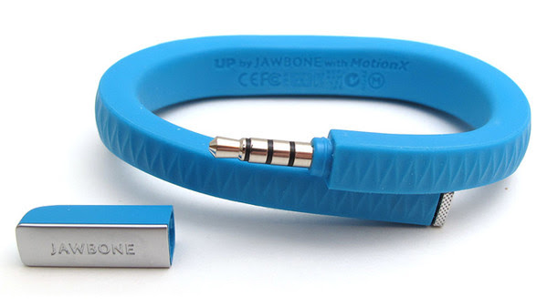 http://media.wired.it/uploads/599x337/201322/jawbone_up_3944.jpg