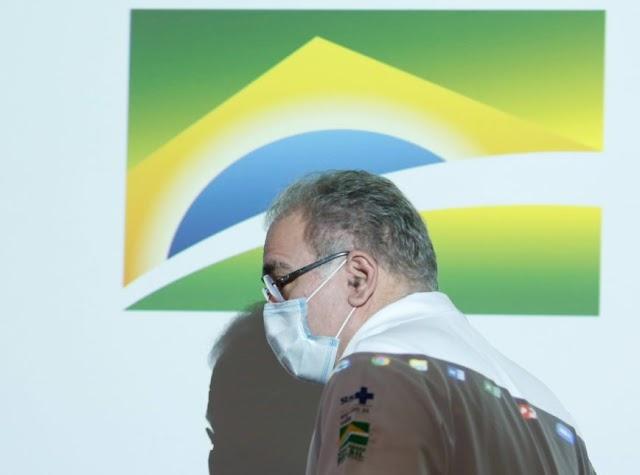 Ministro abandona entrevista ao ser perguntado sobre compra da Covaxin