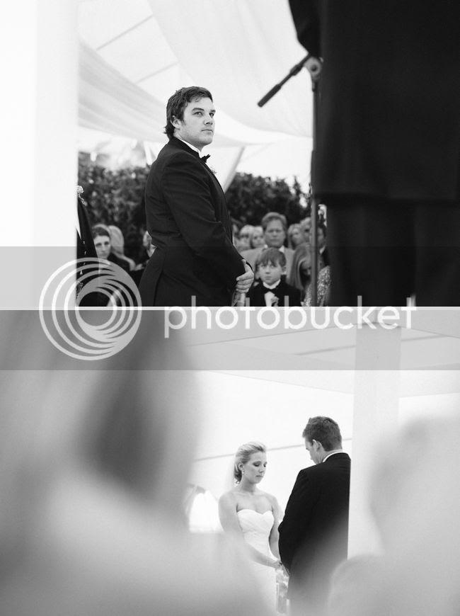 http://i892.photobucket.com/albums/ac125/lovemademedoit/welovepictures/ValDeVie_Wedding_016.jpg?t=1338384207