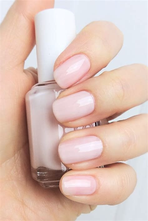 Two makes it better   Essie Ballet Slippers & Mademoiselle