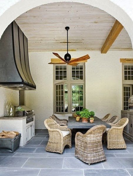How To Create The Perfect Outdoor Space - lizmarieblog.