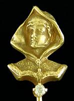 Gothic Revival Lady in Cloak stickpin. (J9009)