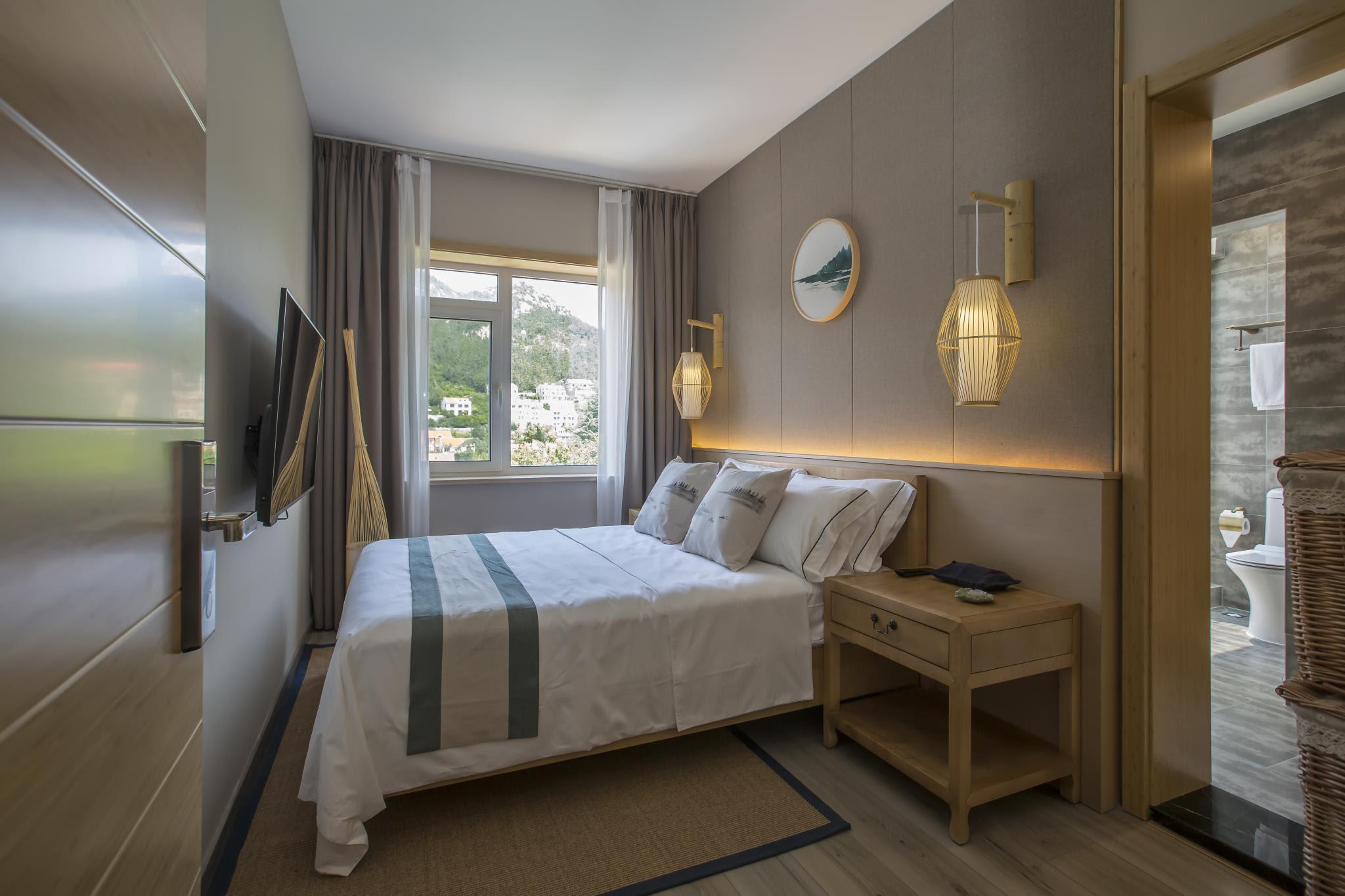 hotel near Qingdao Full Mountain View King Room-108 Zen