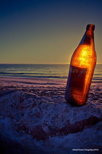 La botella... by Alfredo Romero Fotografias 