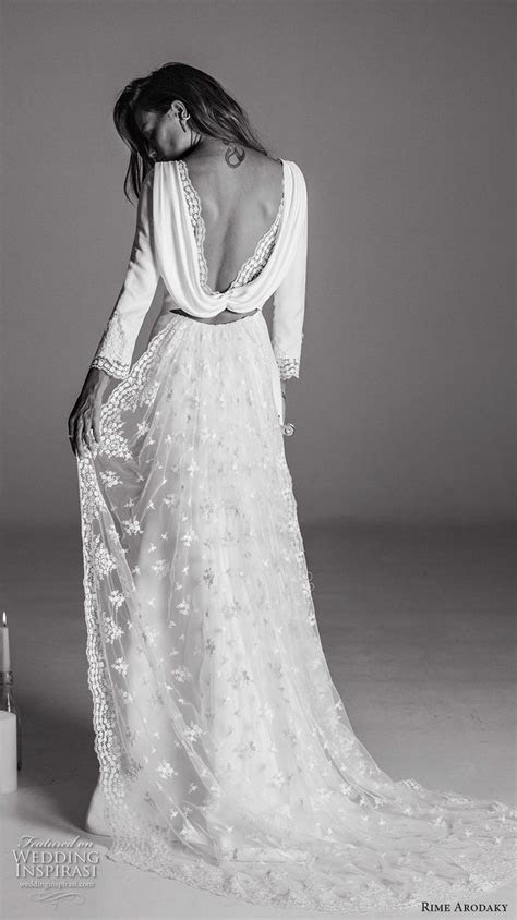 Best 25  Cowl wedding dress ideas on Pinterest   Perfect