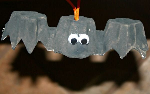 Egg Carton Bat Craft...fun Halloween decoration for kids to make. We also use ours as props to act out Halloween stories and rhymes.