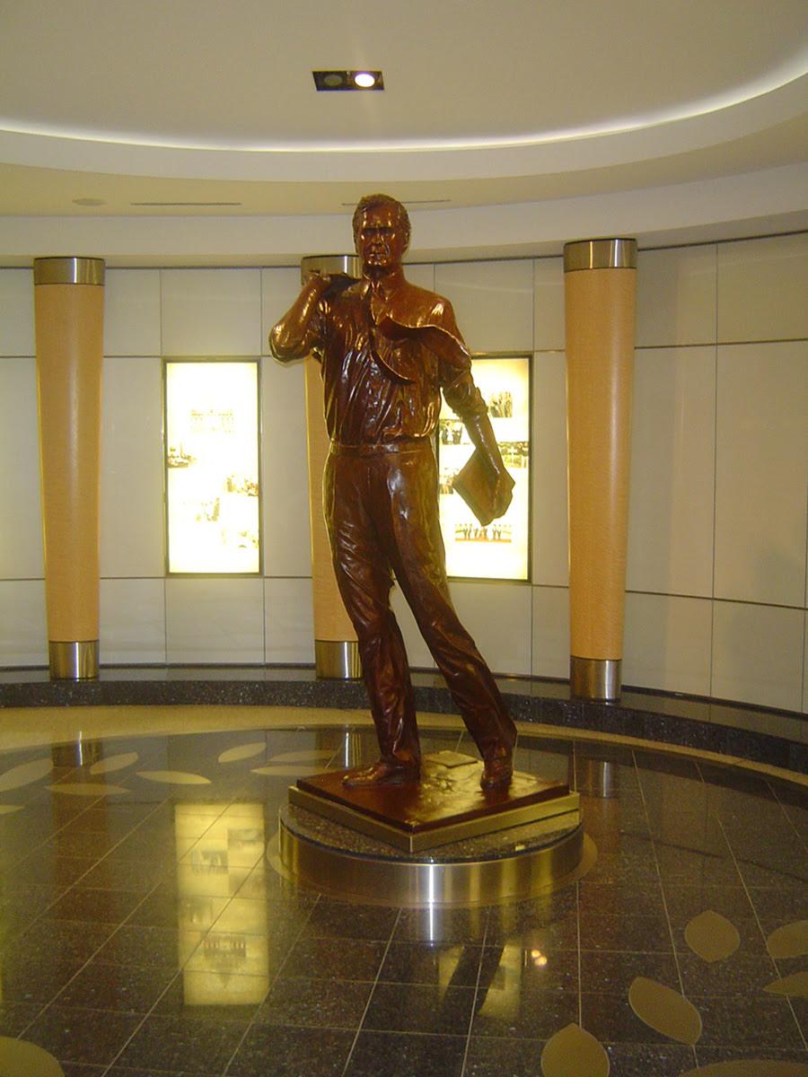 Bush monument