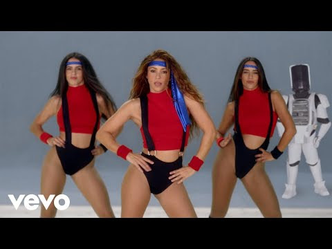 Black Eyed Peas Feat Shakira - Girl Like Me (Official Video)