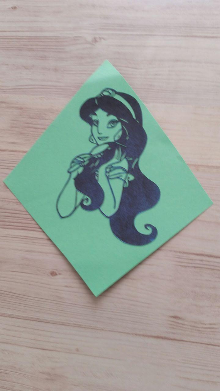 切り絵作家になるために図案の本無料の練習用型紙で日々修行中