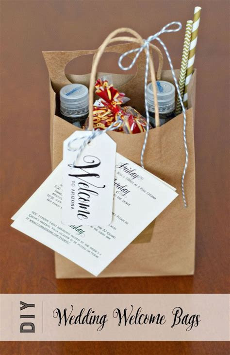 Best 25  Wedding gift bags ideas on Pinterest   Wedding
