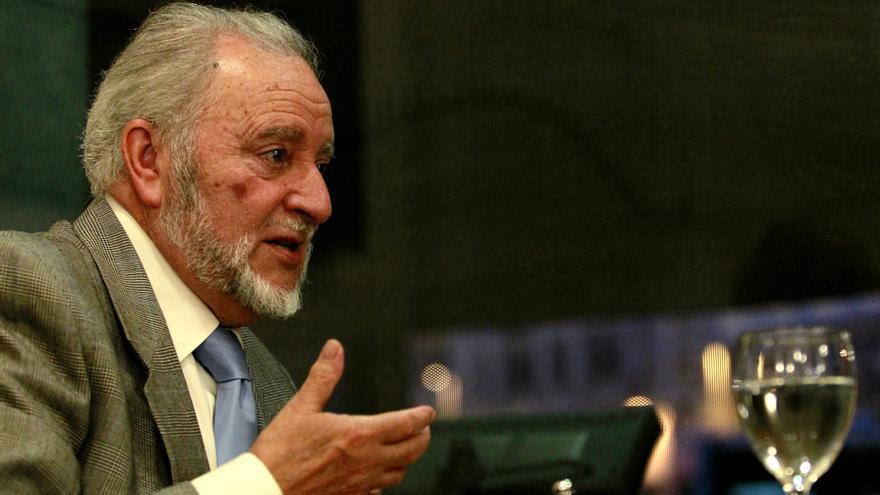 El ex coordinador general de IU y ex secretario general del PCE Julio Anguita.