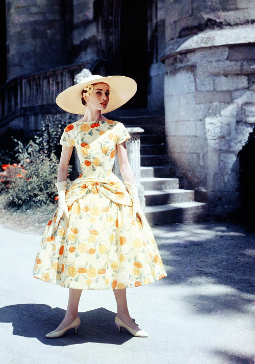 vintagegal:  Audrey Hepburn on the set of Funny Face (1957)