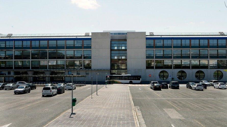 Fachada de la Universidad pública de Navarra.