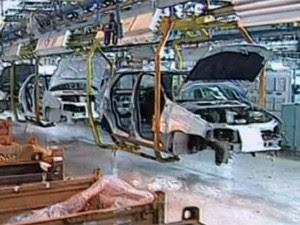 Anfavea aponta queda de 14,2% na produção (Foto: Reprodução/Globo News)
