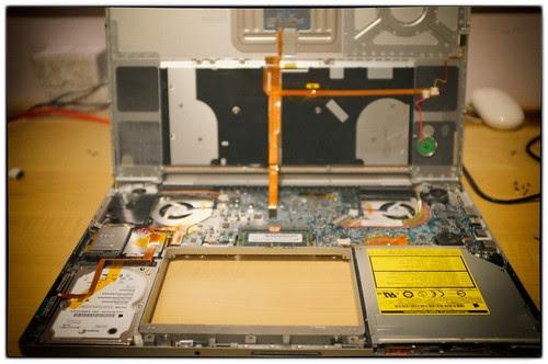 """17"""" MacBook Pro innards"""