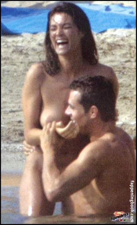 Manuela Arbelaez Nude Pics (@Tumblr) | Top 12 Hottest