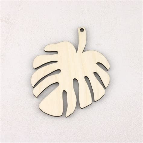 Hanging Wooden Monstera Leaves   Artcuts