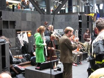 Splitter Orchestra at Hbf