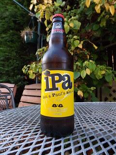 Growler, IPA ian & Paul's ale, England