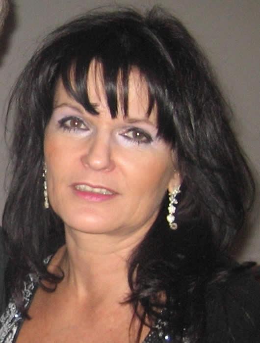Virtuelle Frisuren Brigitte Wie Schnell Wachsen Haare