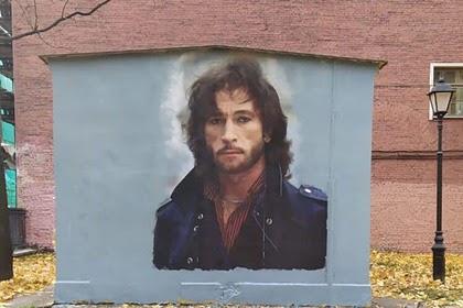 Сын Игоря Талькова вышел на защиту граффити с изображением певца