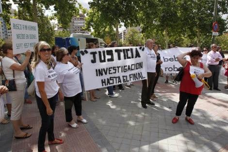 Protestas de la asociación SOS bebés robados a principios de septiembre. | EFE