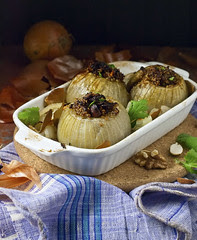 Healthy Roasted Stuffed Onions