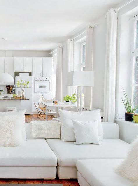 white decor natural light via Daily Dream Decor