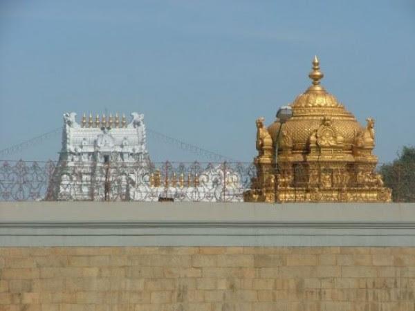 திருப்பதி புகைப்படங்கள் - திருமலா வெங்கடேஸ்வரர் கோயில் - தங்க கோபுரம்