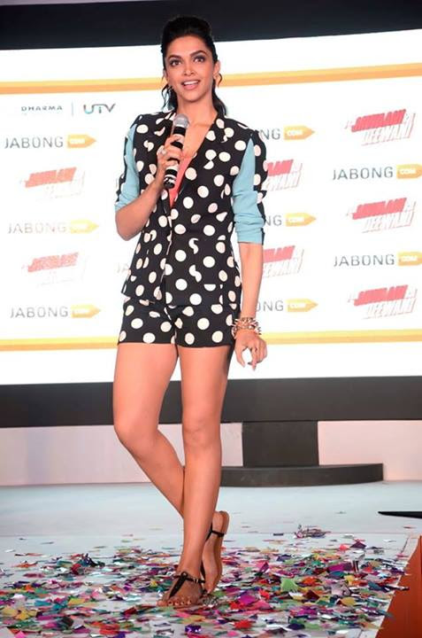 Deepika Padukone's sexy legs in Polka-dot Hot-pants