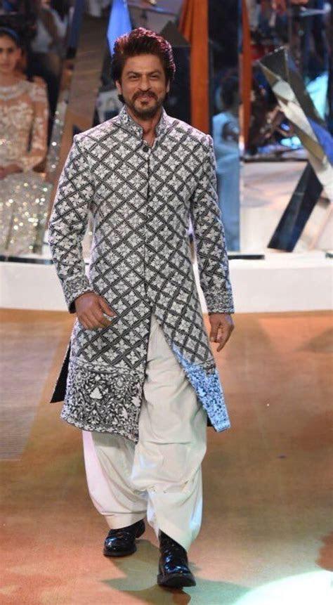 Shahrukh Khan.   Bollywood   Indian men fashion, Manish