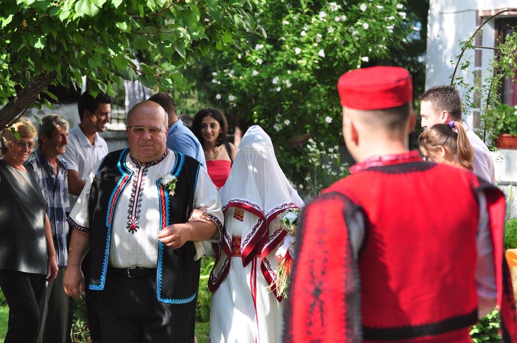 димитрина игнатова цонева за българските сватбени традиции