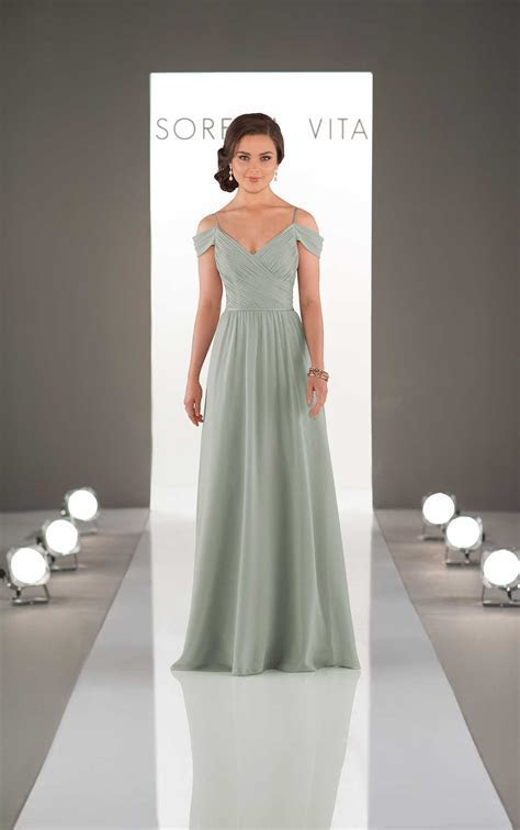 Romantisches schulterfreies Brautjungfernkleid   Sorella Vita