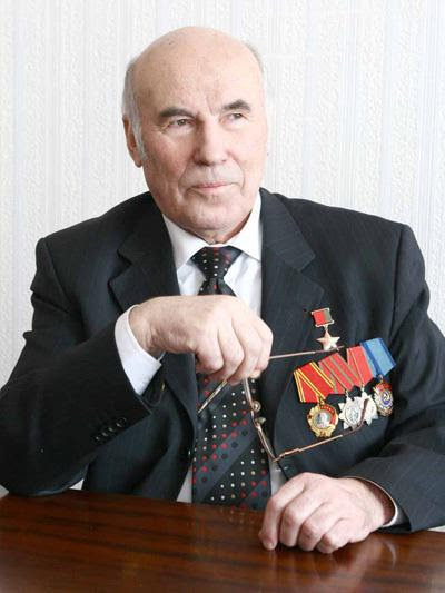 звание герои беларуси