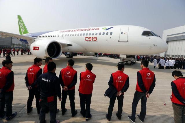 Com pressa para decolar, China prepara voo de teste de novo avião -/AFP