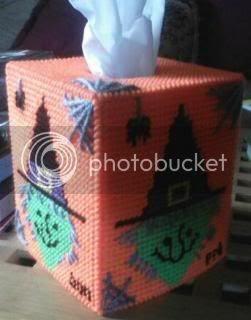plastic canvas,crafts,halloween