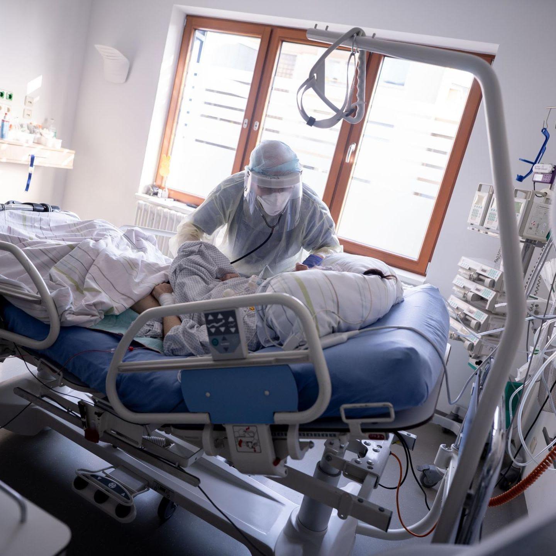 """Kritik an RKI-Hospitalisierungsrate: Werte sind """"viel zu niedrig"""""""