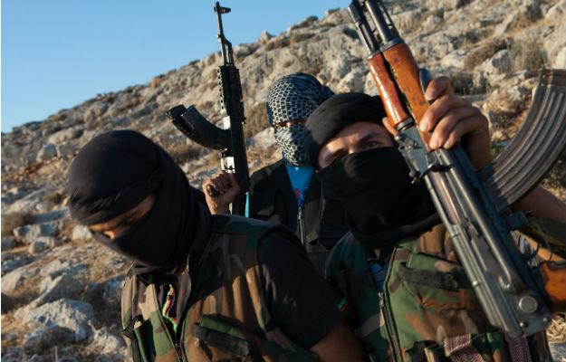 Συρία: Φεύγουν ξένοι αντάρτες, ανησυχία που θα πάνε