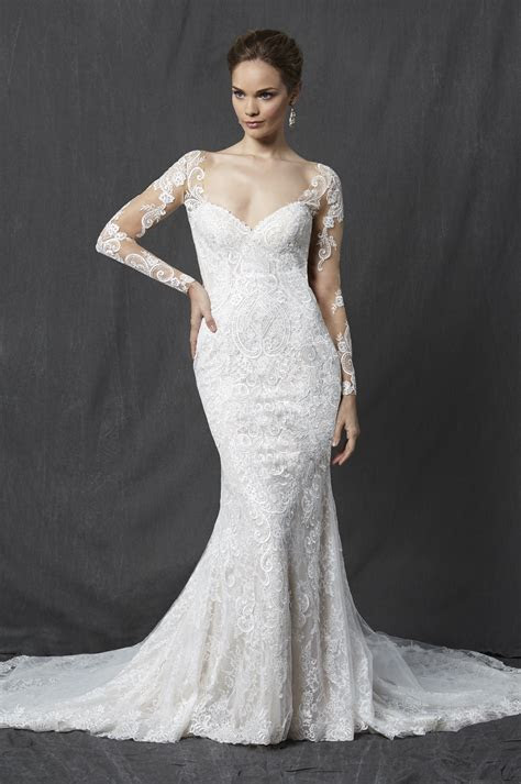 Long Sleeve Sweetheart Full Lace Sheath Wedding Dress