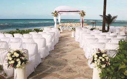 half moon weddings in jamaica   Island Buzz Jamaica ? The
