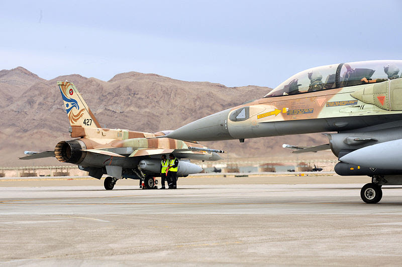 800px-Israeli_F-16s_at_Red_Flag3