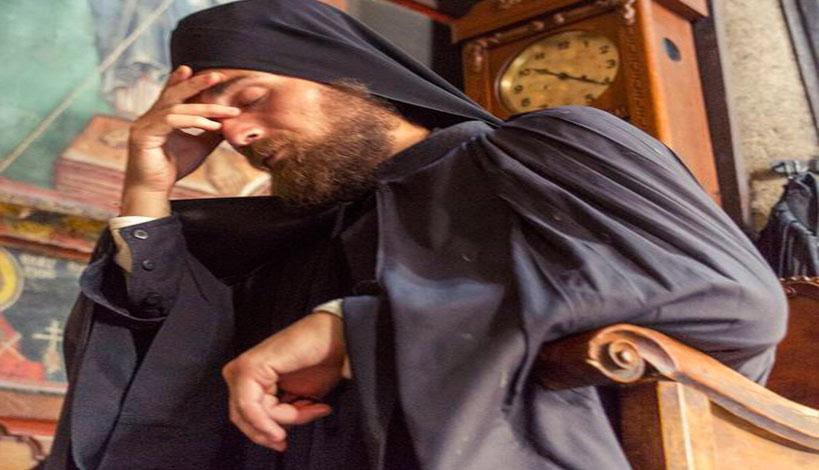 Τόση είναι η δύναμη της προσευχής! Τόση είναι ή τόλμη που έχει στο Θεό ένας Άγιος Ιερέας!