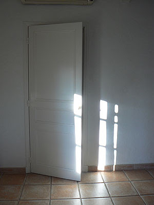 porte blanche.jpg