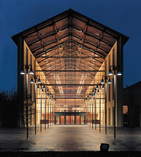 L'Auditorium Paganini by night.
